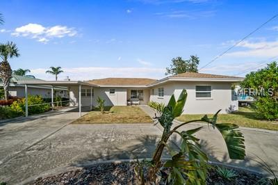 170 Bayside Drive, Clearwater, FL 33767 (MLS #U8036589) :: Medway Realty