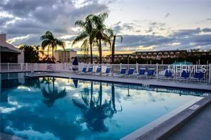 11300 Harbor Way #1737, Largo, FL 33774 (MLS #U8039301) :: Burwell Real Estate