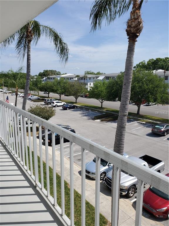 8080 112TH Street #302, Seminole, FL 33772 (MLS #U8039363) :: Burwell Real Estate
