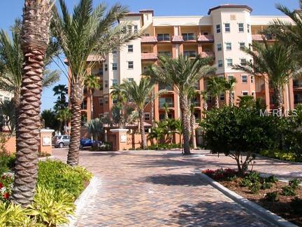 5301 Gulf Boulevard D304, St Pete Beach, FL 33706 (MLS #U8042555) :: Lockhart & Walseth Team, Realtors