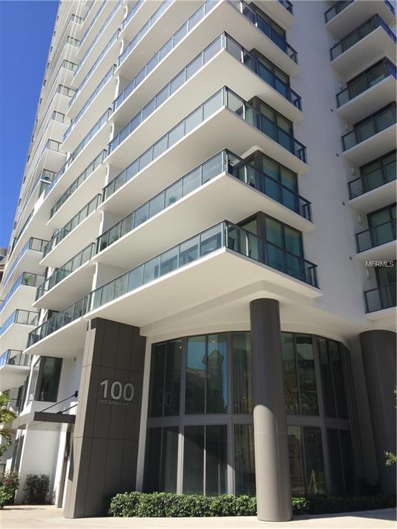 100 1ST Avenue N #702, St Petersburg, FL 33701 (MLS #U8043186) :: Delgado Home Team at Keller Williams