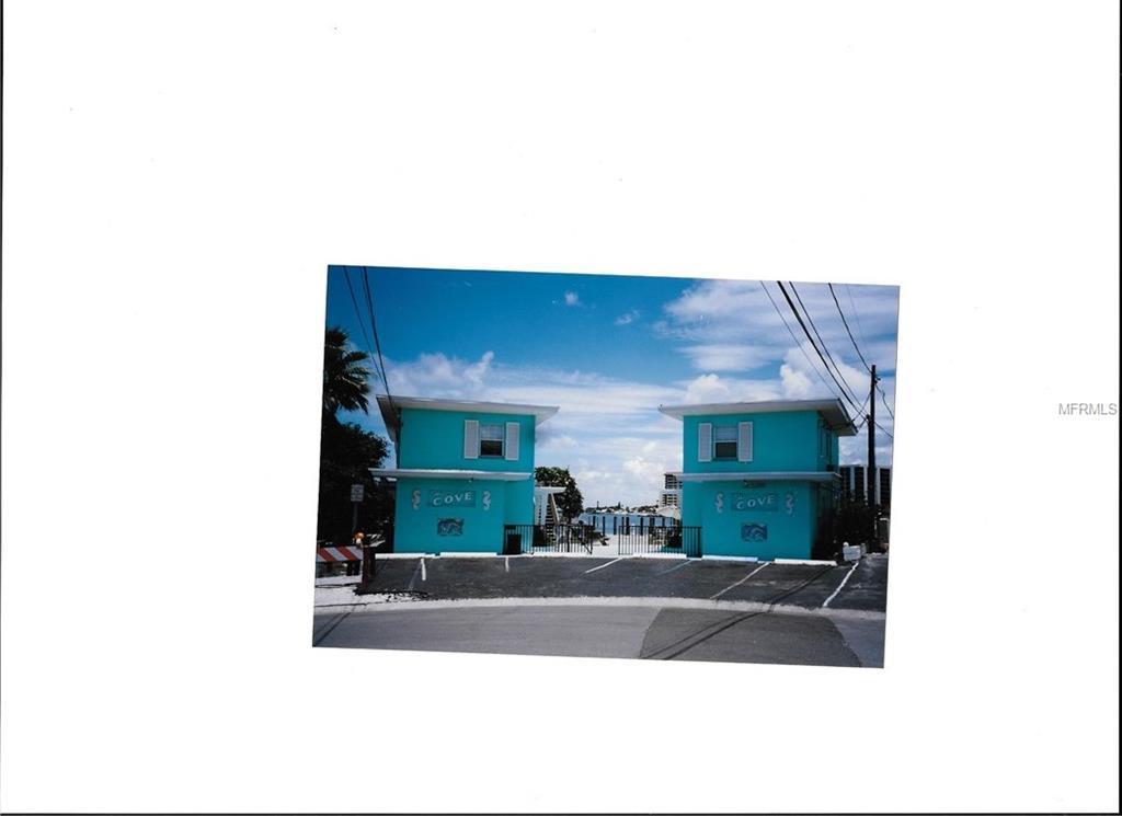 627 Bay Esplanade - Photo 1