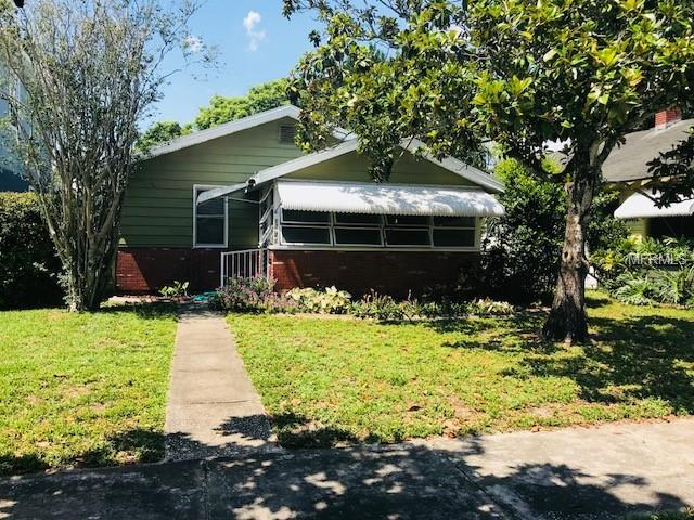 1221 34TH Avenue N, St Petersburg, FL 33704 (MLS #U8046062) :: Team Bohannon Keller Williams, Tampa Properties