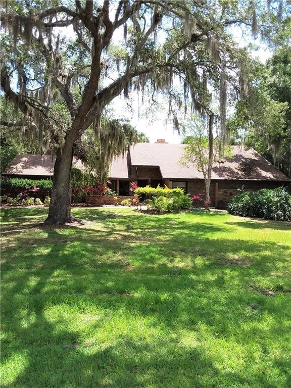 4932 Hidden Oaks Trail, Sarasota, FL 34232 (MLS #U8046826) :: Bustamante Real Estate