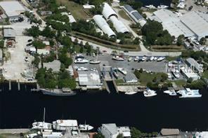 1058&1066 Island Avenue, Tarpon Springs, FL 34689 (MLS #U8047132) :: The Duncan Duo Team