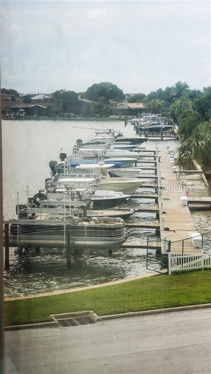 2960 59TH Street S #314, Gulfport, FL 33707 (MLS #U8047486) :: Baird Realty Group