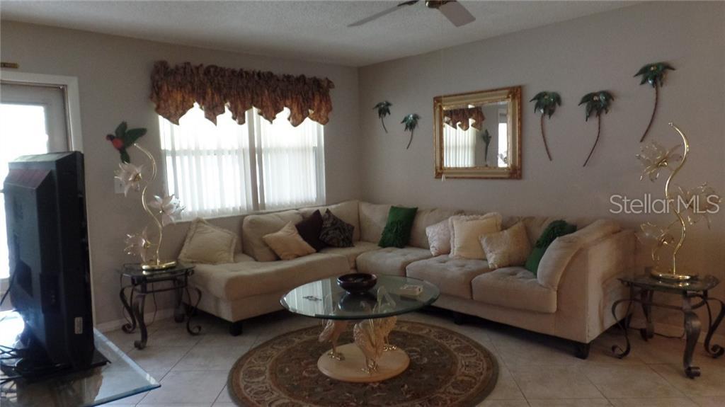 10038 62ND Terrace N #24, St Petersburg, FL 33708 (MLS #U8048396) ::  American Realty