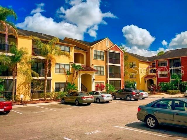 11901 4TH Street N #1307, St Petersburg, FL 33716 (MLS #U8048400) :: Lockhart & Walseth Team, Realtors
