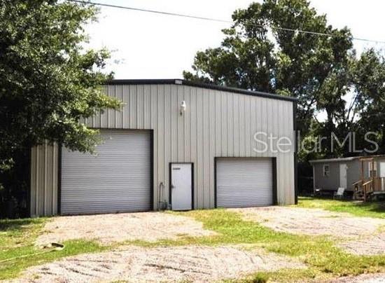 11220 Inglewood Drive, Gibsonton, FL 33534 (MLS #U8048712) :: The Price Group