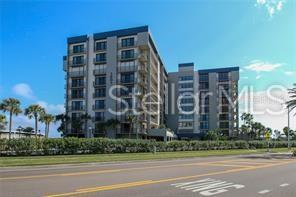 1501 Gulf Boulevard #202, Clearwater Beach, FL 33767 (MLS #U8048929) :: Burwell Real Estate