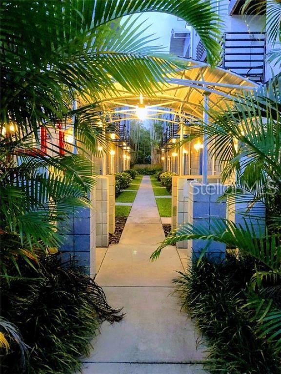 5008 S Macdill Avenue #15, Tampa, FL 33611 (MLS #U8050213) :: Griffin Group