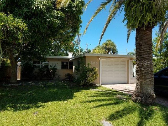 16208 2ND Street E, Redington Beach, FL 33708 (MLS #U8051007) :: Burwell Real Estate