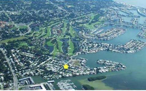 Blue Heron Drive S, St Petersburg, FL 33707 (MLS #U8053901) :: Griffin Group