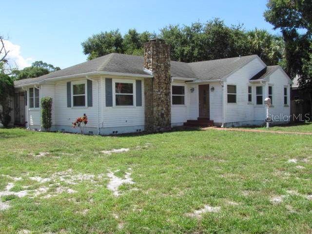 200 25TH Avenue S, St Petersburg, FL 33705 (MLS #U8056671) :: Florida Real Estate Sellers at Keller Williams Realty