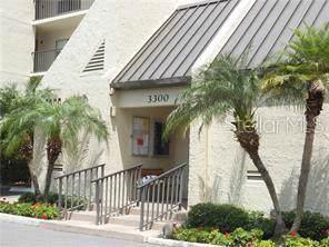 3300 Cove Cay Drive 2D, Clearwater, FL 33760 (MLS #U8061601) :: Team Vasquez Group