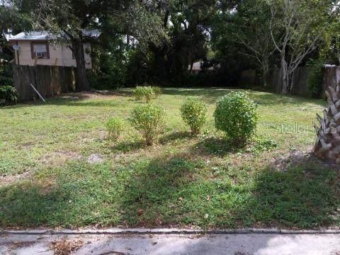 1303 17TH Street W, Bradenton, FL 34205 (MLS #U8062264) :: Florida Real Estate Sellers at Keller Williams Realty