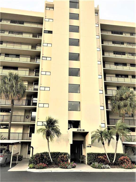 2618 Cove Cay Drive #801, Clearwater, FL 33760 (MLS #U8063064) :: Premier Home Experts