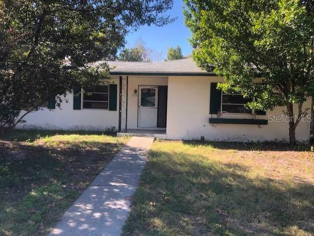 1213 Lodge Circle, Spring Hill, FL 34606 (MLS #U8067928) :: The Duncan Duo Team