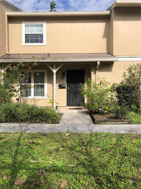 6904 La Sierra Court, Tampa, FL 33615 (MLS #U8069699) :: The Figueroa Team