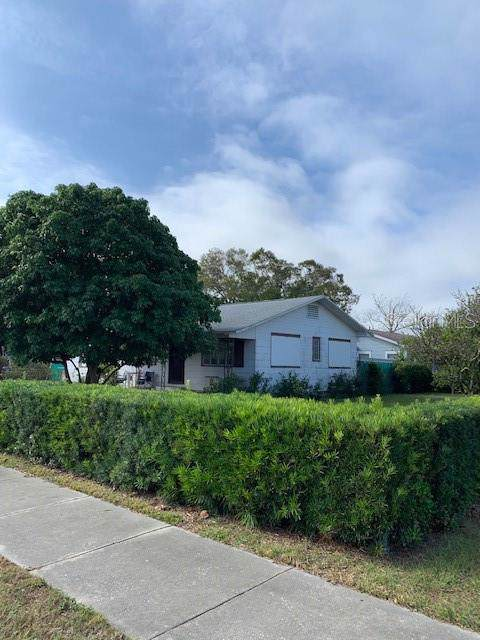 1330 48TH Street N, St Petersburg, FL 33713 (MLS #U8069974) :: KELLER WILLIAMS ELITE PARTNERS IV REALTY