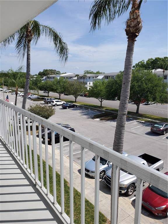 8080 112TH Street #302, Seminole, FL 33772 (MLS #U8070065) :: Florida Real Estate Sellers at Keller Williams Realty
