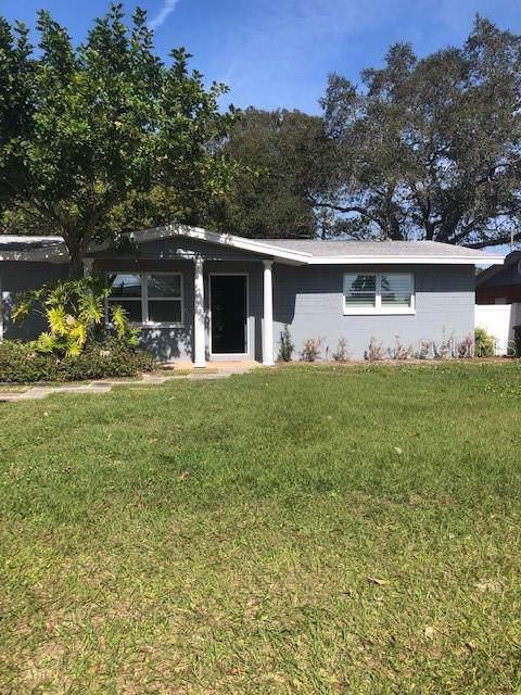 11477 81ST Place, Seminole, FL 33772 (MLS #U8071336) :: Team Borham at Keller Williams Realty