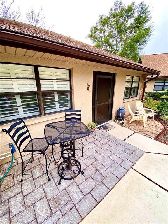 9958 Lake Seminole Drive W, Largo, FL 33773 (MLS #U8072497) :: The Figueroa Team
