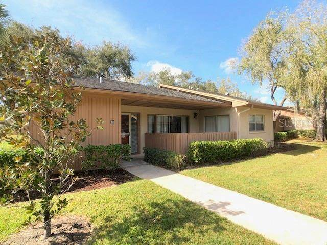 10 Spruce Court, Oldsmar, FL 34677 (MLS #U8074942) :: The Duncan Duo Team