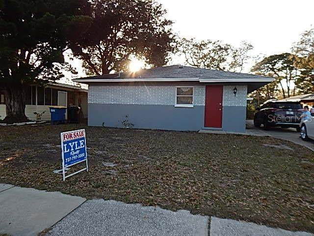 412 N Saturn Avenue, Clearwater, FL 33755 (MLS #U8075614) :: The Duncan Duo Team