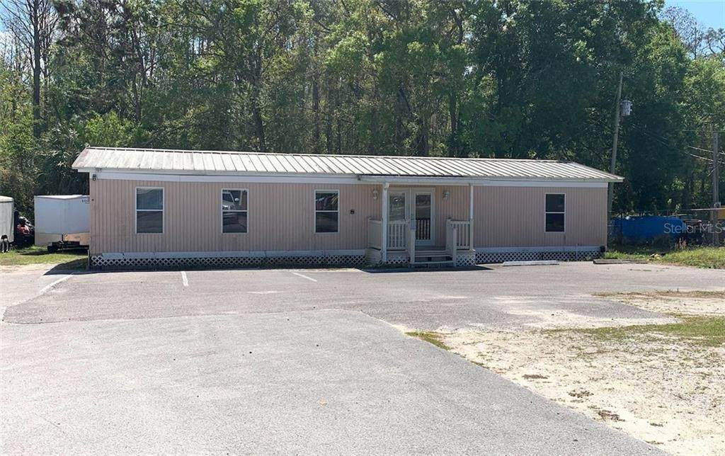11038 State Road 52 - Photo 1