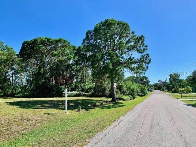 Sea Breeze Drive, Tarpon Springs, FL 34689 (MLS #U8084949) :: Team Borham at Keller Williams Realty
