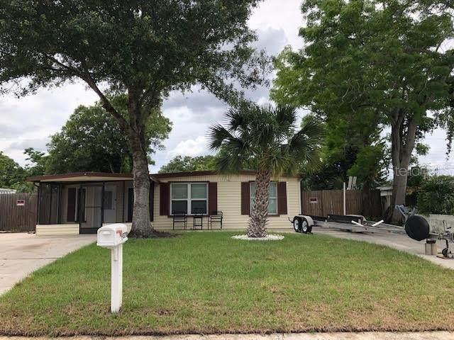 9370 83RD Street, Seminole, FL 33777 (MLS #U8085488) :: CENTURY 21 OneBlue