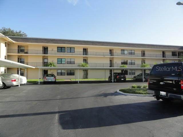 12300 Vonn Road #7204, Largo, FL 33774 (MLS #U8096942) :: Alpha Equity Team
