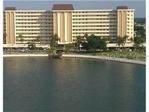 4725 Cove Circle #207, St Petersburg, FL 33708 (MLS #U8097180) :: Team Buky