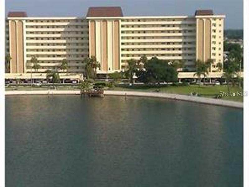 4725 Cove Circle - Photo 1