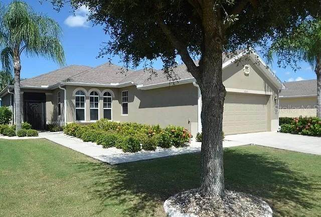 1049 Emerald Dunes Drive, Sun City Center, FL 33573 (MLS #U8106441) :: Sarasota Property Group at NextHome Excellence