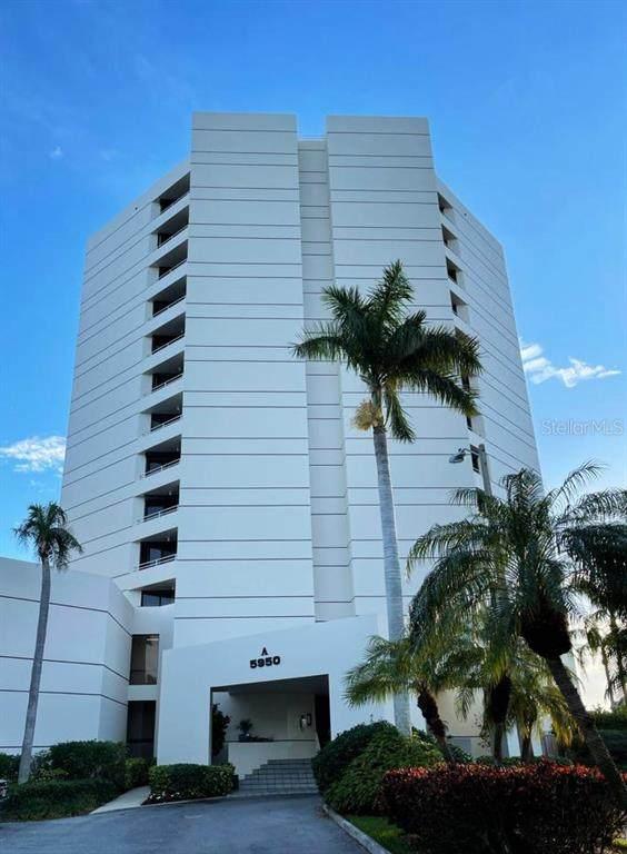 5950 Pelican Bay Plaza S #204, Gulfport, FL 33707 (MLS #U8113356) :: Heckler Realty