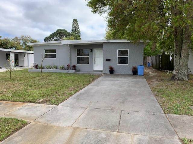 4332 71ST Avenue N, Pinellas Park, FL 33781 (MLS #U8115139) :: Team Borham at Keller Williams Realty