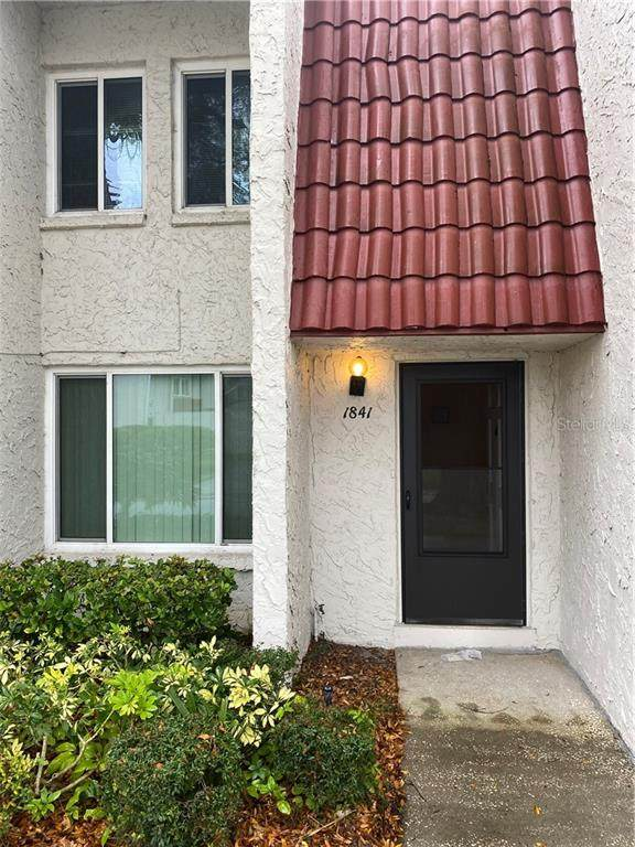 1841 Pine Cone Circle, Clearwater, FL 33760 (MLS #U8115585) :: The Duncan Duo Team