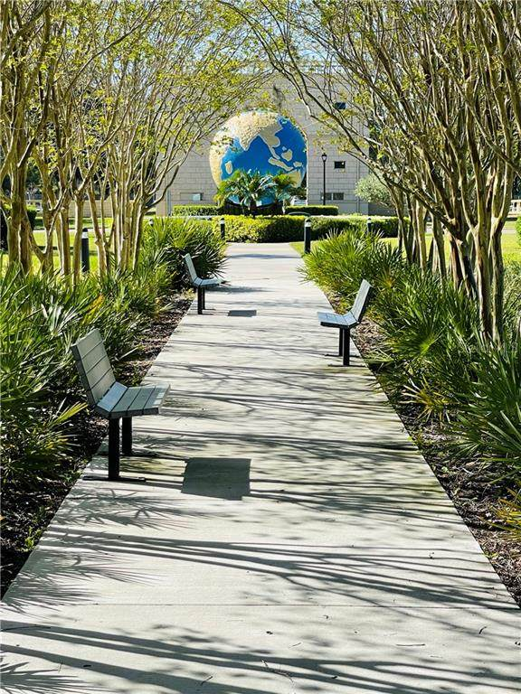 2002 Australia Way E #68, Clearwater, FL 33763 (MLS #U8116781) :: Medway Realty