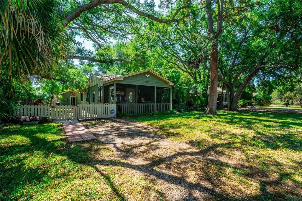 1533 Santa Anna Drive - Photo 1