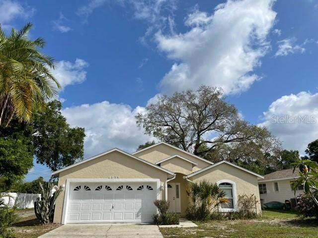 4839 12TH Avenue N, St Petersburg, FL 33713 (MLS #U8119540) :: The Duncan Duo Team