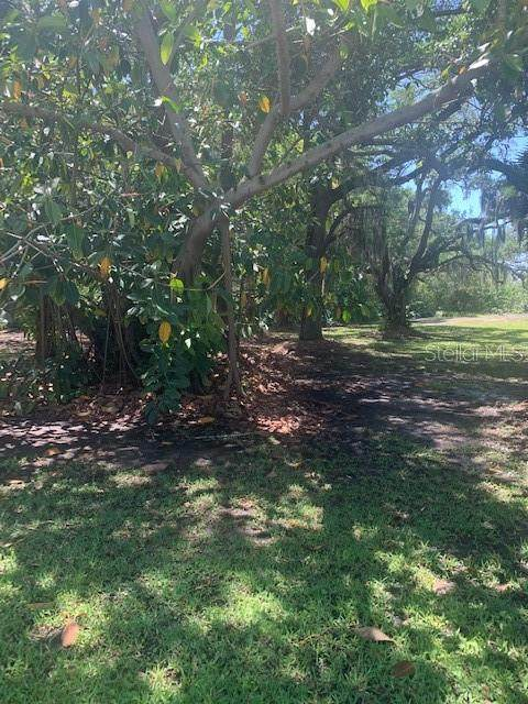 Lot D 72ND Terrace, Seminole, FL 33776 (MLS #U8119595) :: Burwell Real Estate
