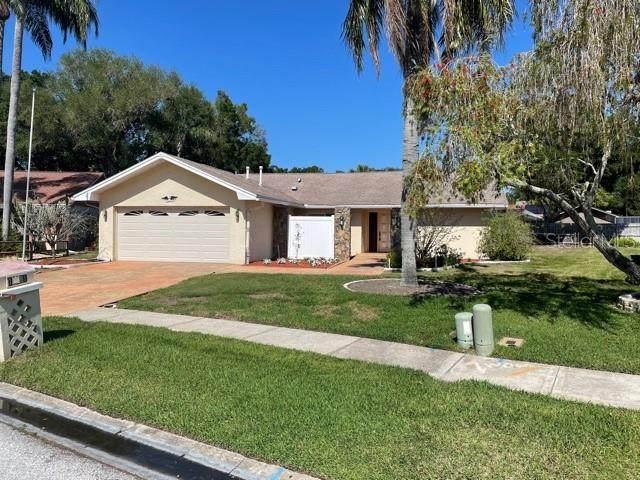 10881 97TH Street, Largo, FL 33773 (MLS #U8120011) :: Burwell Real Estate