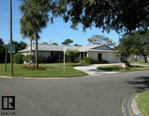 4300 50TH Place S, St Petersburg, FL 33711 (MLS #U8120385) :: Florida Real Estate Sellers at Keller Williams Realty