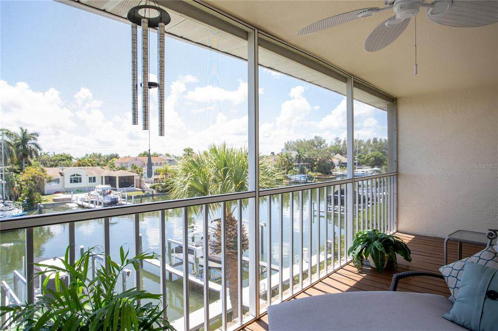 1109 Pinellas Bayway - Photo 1