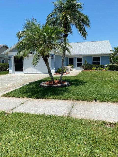 3901 104TH Avenue N, Clearwater, FL 33762 (MLS #U8122343) :: The Light Team