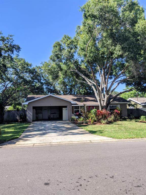 11041 104TH Avenue, Largo, FL 33778 (MLS #U8122784) :: SunCoast Home Experts