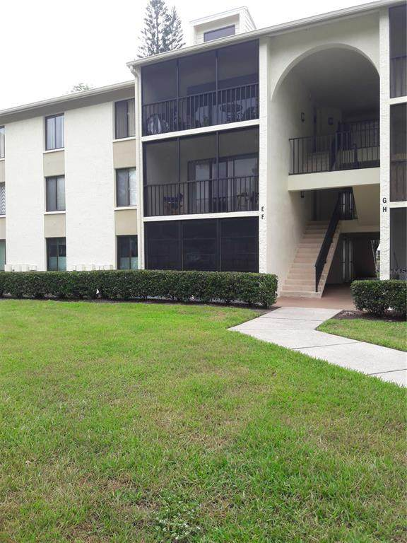 1423 Pine Glen Lane E1, Tarpon Springs, FL 34688 (MLS #U8123374) :: Coldwell Banker Vanguard Realty