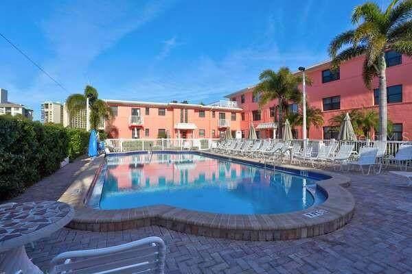 6800 Sunset Way #1603, St Pete Beach, FL 33706 (MLS #U8127060) :: Heckler Realty